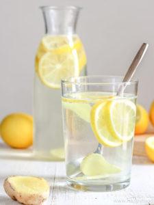gum disease drink water